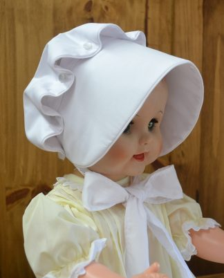 Traditional button bonnet that's durable and timeless.