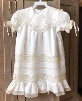 This dress is so elegant and perfect for any special occasion such as weddings, Christenings, Dedications, First Communion, or portraits!