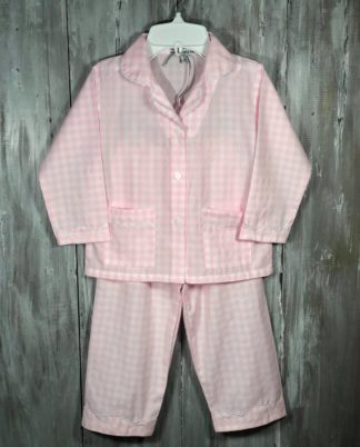 """e love gingham and these sweet pj's do not disappoint in pink and white trimmed in white rick rack! By """"Sweet Dreams""""."""